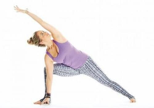 Паршваконасана. Интенсивное боковое вытягивание и укрепление ног: поза Уттхита Паршваконасана в йоге