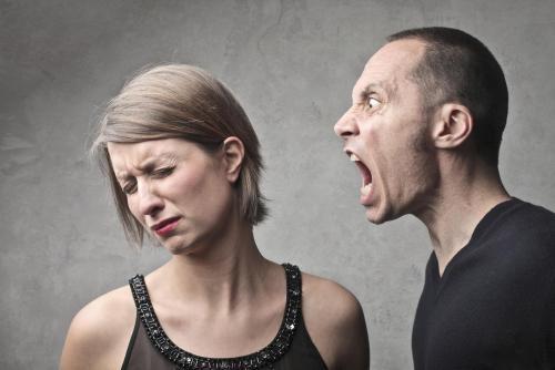 Муж оскорбляет, что делать. Что делать, если муж оскорбляет