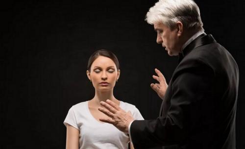 Как действует гипноз на человека. Влияние гипноза на человека