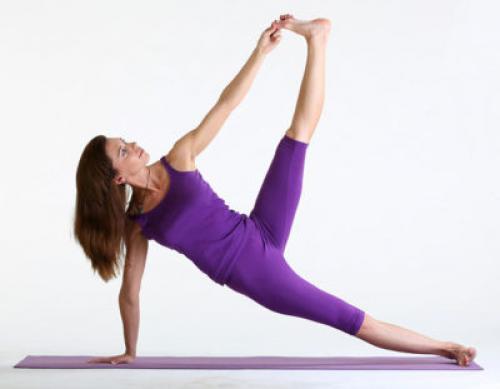 Титтибхасана польза. Эффективное укрепление рук и пресса: боковая планка в йоге – Васиштханаса