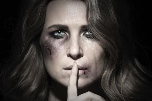 Почему мужчины бьют своих жен психология. Когда помочь уже нельзя