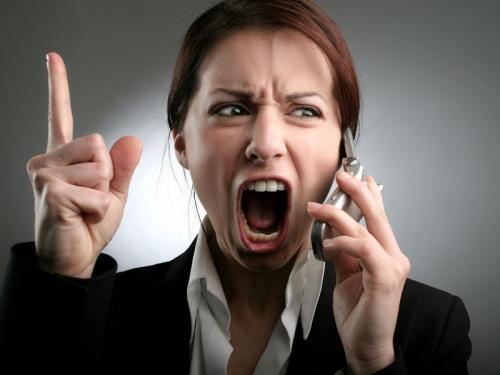 Сильная раздражительность и агрессия. Раздражительность и агрессия у женщин: причины недуга