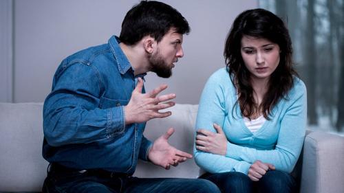 Почему муж унижает и оскорбляет жену. Психологи выявили 7 причин, почему мужчина может оскорблять свою любимую женщину
