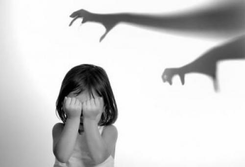 Что делать, если человек сильно испугался. Способы лечения испуга