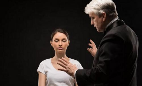Гипноз. Влияние гипноза на человека