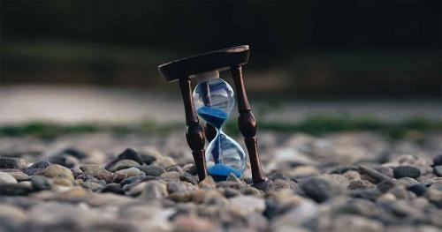 Ощущение, что время ускорилось. Почему с возрастом нам кажется, что время бежит быстрее?