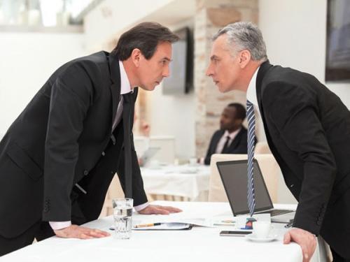 Что делать если подчиненный игнорирует. Как быть, если подчиненный не слушается