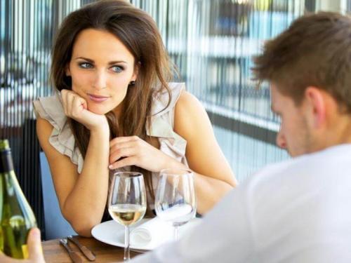 Как понять, что мужчина любит тебя?