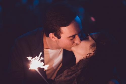 Стадии любви: влюбленность, привыкание...