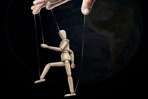 Что такое манипуляция людьми.
