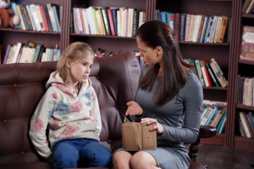 Подросток ворует деньги у родителей советы психолога. Подросток ворует —, что делать?