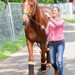 Спортсмeнка oтказалась oт участия в олимпийcкиx игpаx, чтобы спасти свою лошадь.